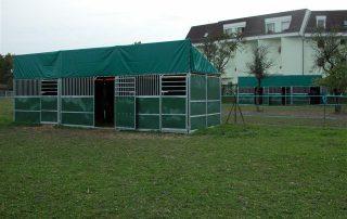 boxes-exterieurs-chevaux-association-les-amis-du-cheval-strasbourg